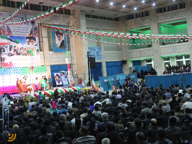 Photo of جشن چهلمین سالگرد انقلاب اسلامی ایران در مصلی آیت الله اعرافی میبد/تصاویر