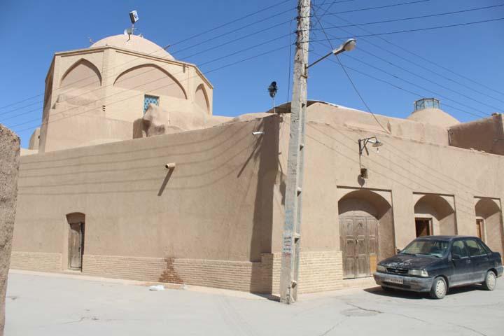 بنای 900 ساله مسجد جامع