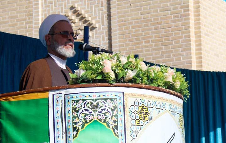 نماز عید سعید فطر در میبد