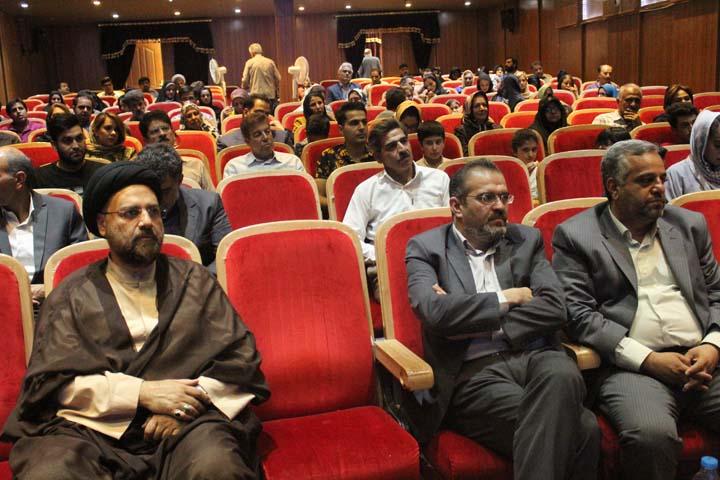 اکران فیلم داستانی خواب های خط خطی در میبد