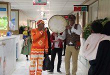 Photo of اجرای برنامه های شاد برای کودکان بیمار