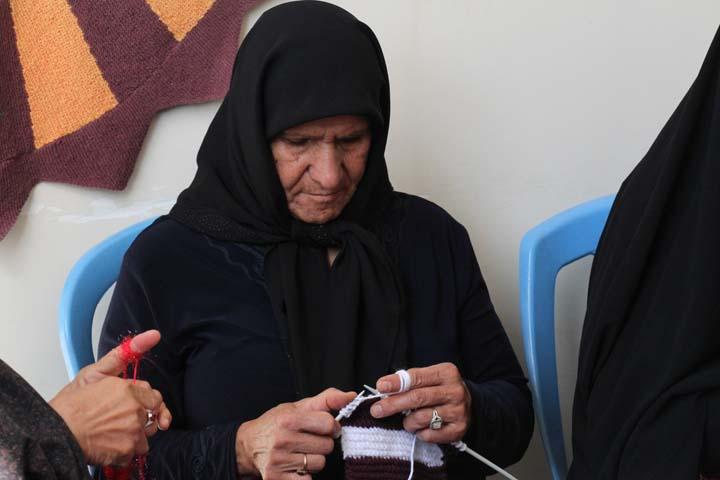 ویزیت سالمندان و فعالیت های هنری انها در مرکز روزانه حبیب بن مظاهر میبد