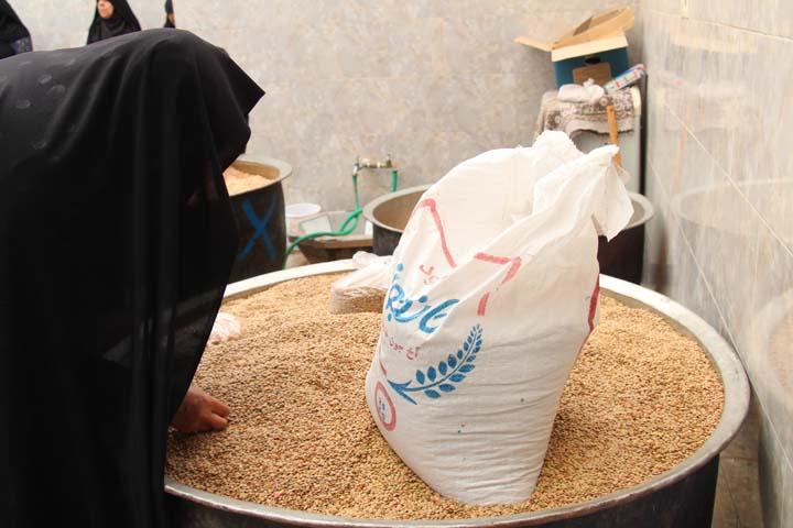 مشارکت بانوان در پخت غذای نذری