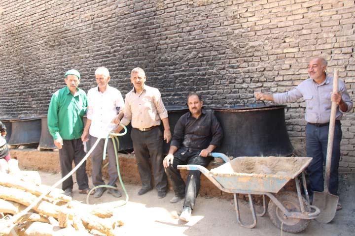 نخل برداری 400 ساله فیروزآباد میبد