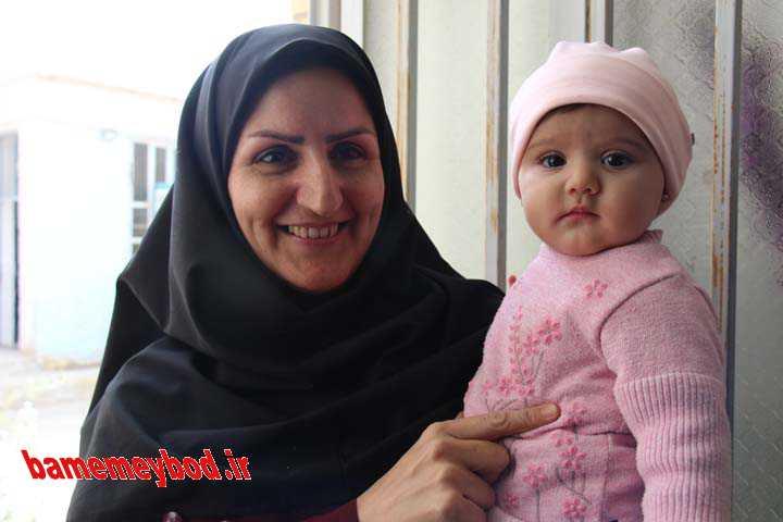 بزرگداشت مقام مادر در دبستان کوثر میبد