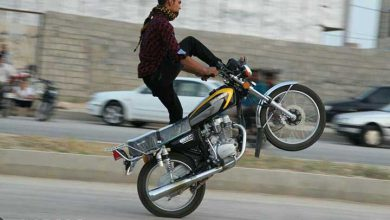 تصویر از موتورسیکلت همچنان در یزد قربانی میگیرد